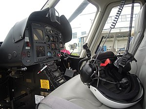 Bell 427 - Bell 427 cockpit