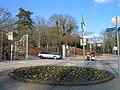 Alter Bremer Weg Ecke Harburger Straße, Torplatz Ecke Lüneburger Straße in Celle, Eingänge Hehlentorfriedhof westlicher Teil, Kriegsgräberstätte, und östlicher Teil.jpg