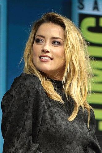 Amber Heard - Image: Amber Heard (43723454772)