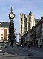 Amiens - horloge et cathédrale 2.jpg