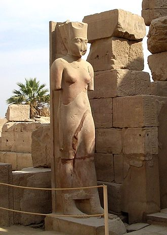 Amunet - Colossal statue of Amaunet erected by the pharaoh Tutankhamun in the Karnak.
