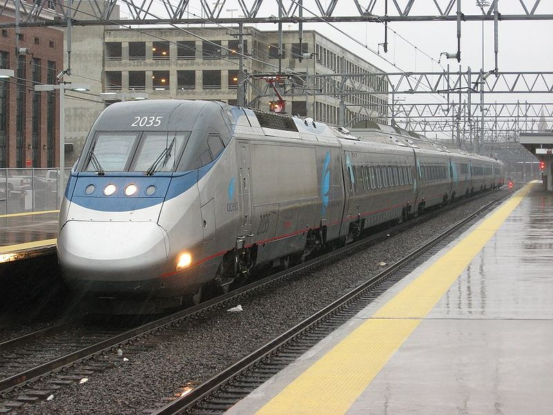 File:AmtrakAcela2035atNewHavenUnion.jpg
