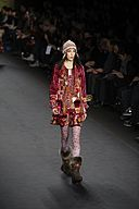 Anna Sui Fall-Winter 2010 069.jpg