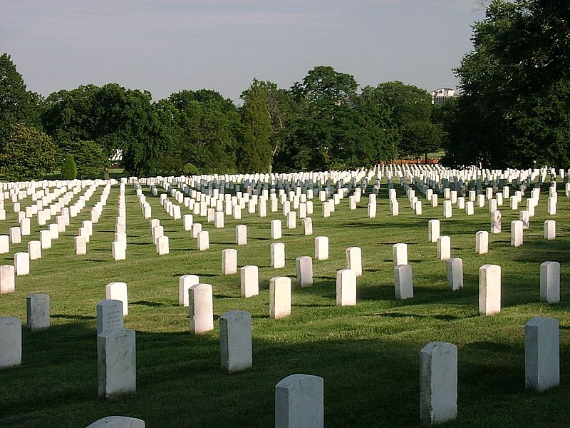 File:ArlingtonCemetery 2.jpg