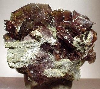Axinite - Image: Axinite 64246