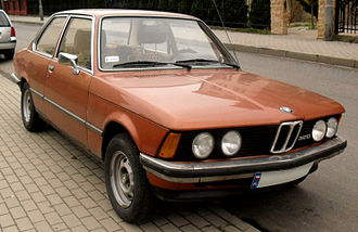 BMW 3 Series (E21) - 320 model with twin headlights