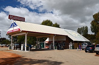 Brand Highway - Image: Badgingarra Roadhouse, 2013