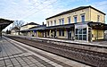 Bahnhof Lehrte Bahnsteig (3).jpg