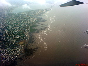 Andheri -  Aerial photo of Andheri and Bandra, taken after take-off from Bombay/Mumbai Airport.
