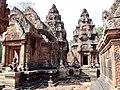 Banteay Srei 50.jpg