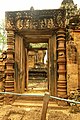 Banteay Srei Temple - panoramio (5).jpg