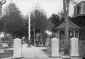 Baton Rouge National Cemetery - Cemetery entrance, c. 1899
