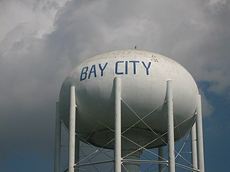 Bay City, Texas - Image: Bay City, TX, Water tower IMG 1037