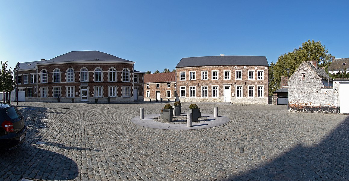 Place Communale with town halls