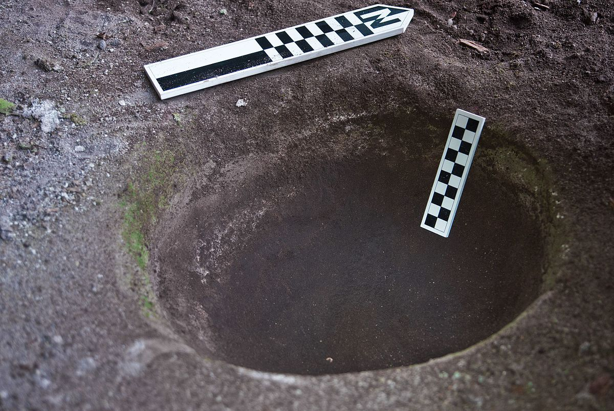 Bedrock mortar - Wikipedia