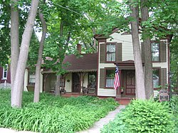 Belvidere Il Lampert Wildflower House4.jpg
