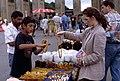 Berlin-Russenmarkt-06-Schmuckstand-1993-gje.jpg