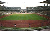 Berliner Olympiastadion innen.jpg