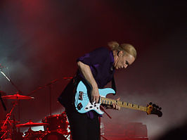 Billy Sheehan - 1.jpg