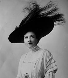 Blanche Bates - 1908-1909 The Fighting Hope - faceonly.jpg