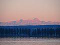 Bodenseeufer mit Blick auf Reichenau und Schweizer Alpen.jpg