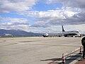 Boeing Ryanair in pista all'Aeroporto Perugia Sant'Egidio.jpg