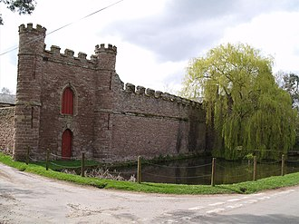 Richard Hammond - Bollitree Castle in Weston under Penyard