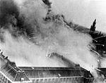 Bombardement door de RAF op gebouw Kleykamp aan de Scheveningseweg te Den Haag.jpg