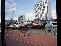 BremerhavenColumbuscenterMuseumshafen.jpg