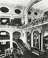Breslau (Schlesien), Warenhaus Gebrüder Barasch, Architekt Georg Schneider, Breslau, Innenarchitektur (Quelle Theodor Fischer, Der Profanbau, 1905).jpg