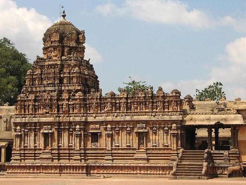 Archivo:Brihadeeswarar Temple 03.jpg