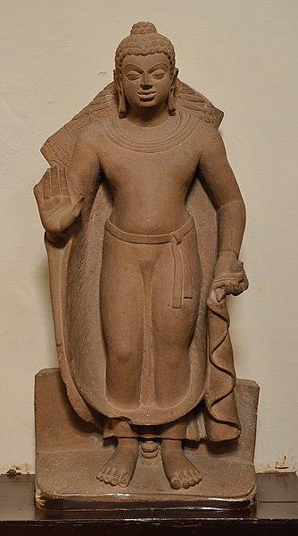 File:Buddha - Kushan Period - Vrindaban - ACCN 76-26 - Government Museum - Mathura 2013-02-23 5552.JPG