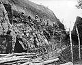 COLLECTIE TROPENMUSEUM Bukit Asam steenkoolmijnen dagbouw in de A I laag (8 meter dik) tunnel 4 TMnr 10007026.jpg