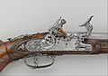 Carbine with Flintlock alla Fiorentina MET DP206409.jpg
