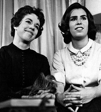Carol Burnett - Carol and sister Chrissie on Person to Person, 1961