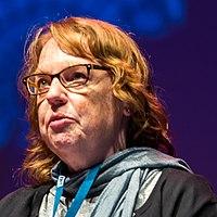 Caroline Stevermer at the Hugo Award Ceremony 2017, Worldcon in Helsinki (cropped).jpg