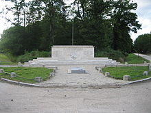 Photo du monument aux morts du maquis de Lorris.