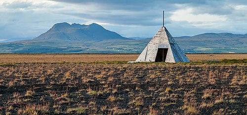 Caseta cerca de Hvolsvöllur, Suðurland, Islandia, 2014-08-16, DD 213.JPG