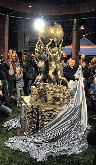 Wikipedia Monument - Image: Celebration of the Wikipedia monument in Słubice – unveiling (Der Hexer) 11