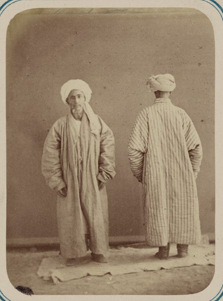 File:Central Asian Men's Clothing. Dzhame, an Outer Robe WDL10766.png