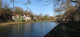 Cepoy - The Loing Canal at the south west of Cepoy