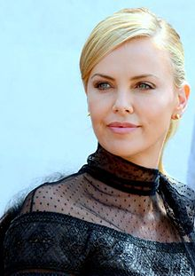 Charlize Theron Cannes 2015 3.jpg