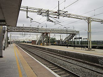 Cheddington railway station - View northbound from Platform 1 in 2012
