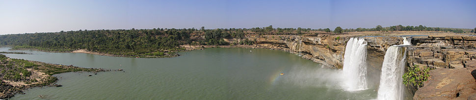 Panoramic view of downstream pond below the Chitrakoote Falls