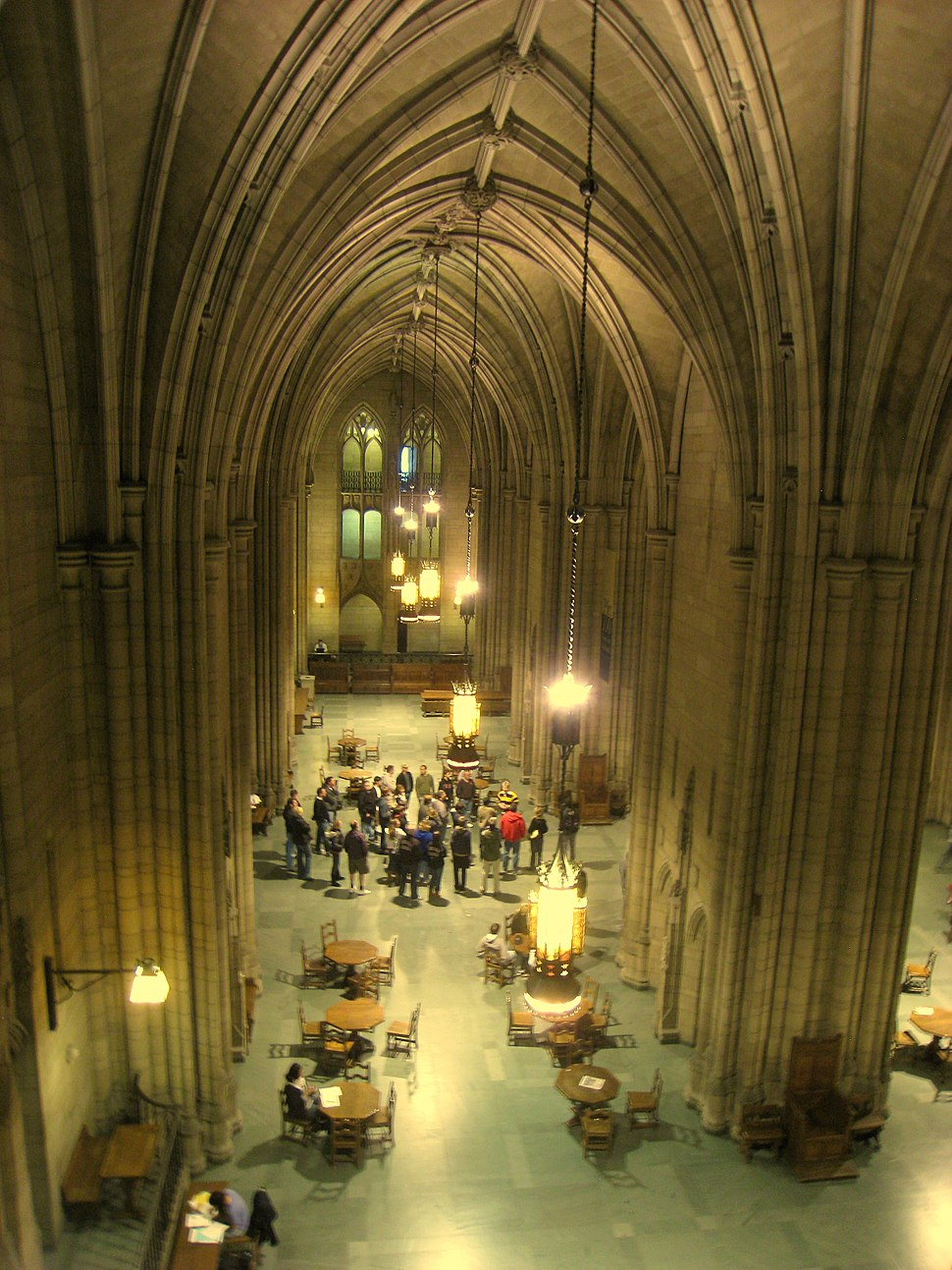 Commons Room (Cathedral of Learning) - Pitt - IMG 0573