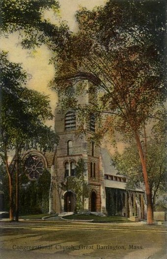 As a child, Du Bois attended the Congregational Church in Great Barrington, Massachusetts. Church members collected donations to pay Du Bois's college tuition. Congregational Church, Great Barrington, MA.jpg