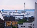 Costa neoRomantica arriving Tallinn 29 May 2013.JPG