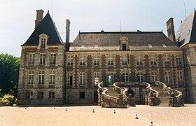 chateau de courance