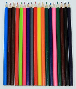 English: Colored pencils. Français : Crayons d...