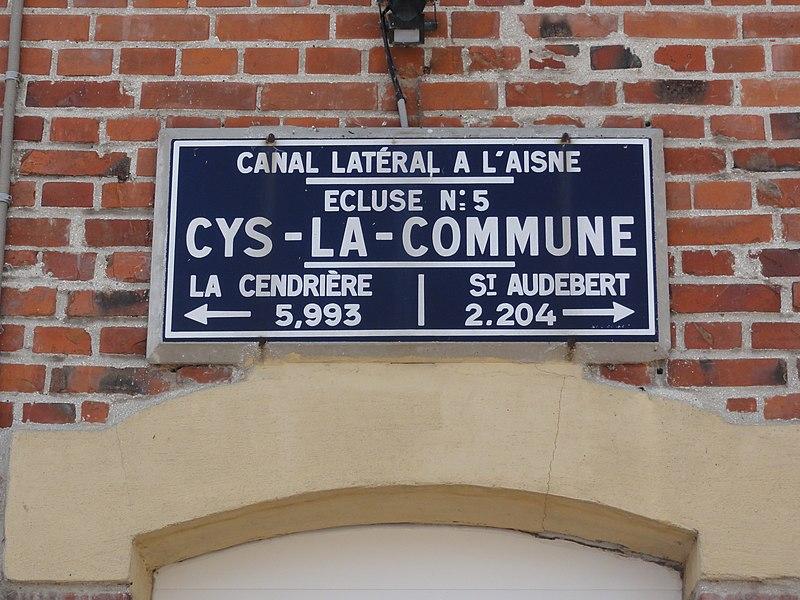 Cys-la-Commune (Aisne) Canal latéral à l'Aisne, écluse nr 5, plaque